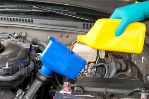 Khi nào thì nên thay dầu động cơ?